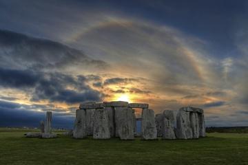 stonehenge-sun-130312